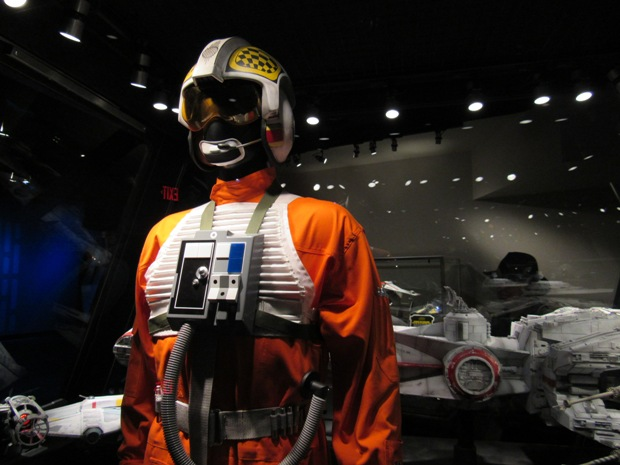 star-wars-launch-bay season-of-the-force-03