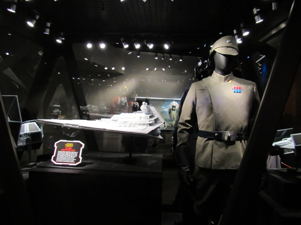 star-wars-launch-bay season-of-the-force-05