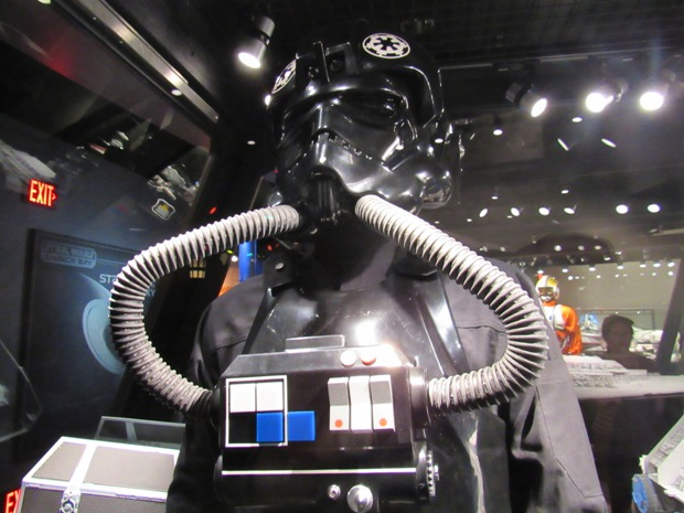 star-wars-launch-bay season-of-the-force-07