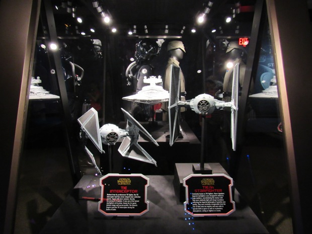 star-wars-launch-bay season-of-the-force-09