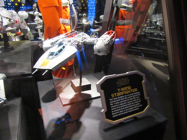 star-wars-launch-bay season-of-the-force-12