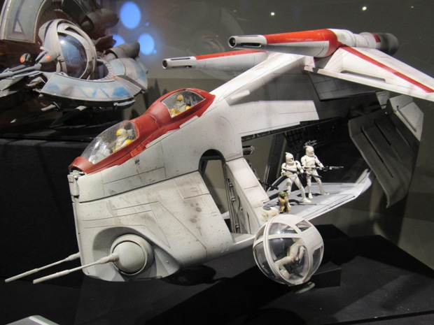 star-wars-launch-bay season-of-the-force-13