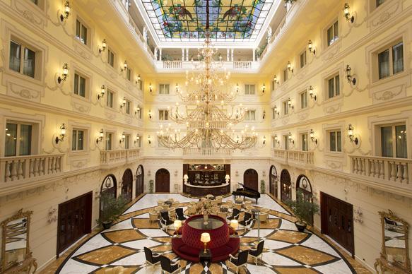 starwarshotels grandhotelvanvitelli-interior