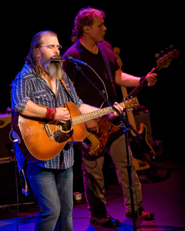 steve-earle photo_25021_0-23