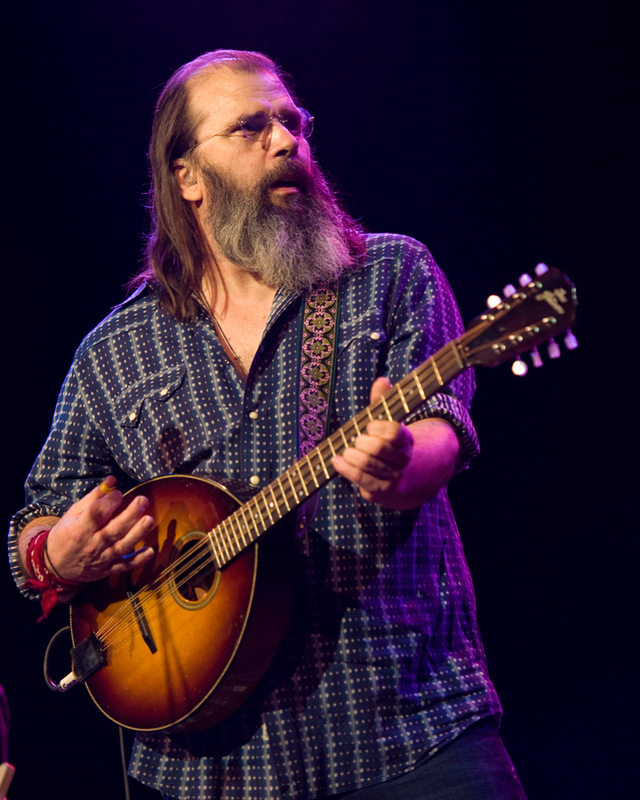 steve-earle photo_25021_0-25
