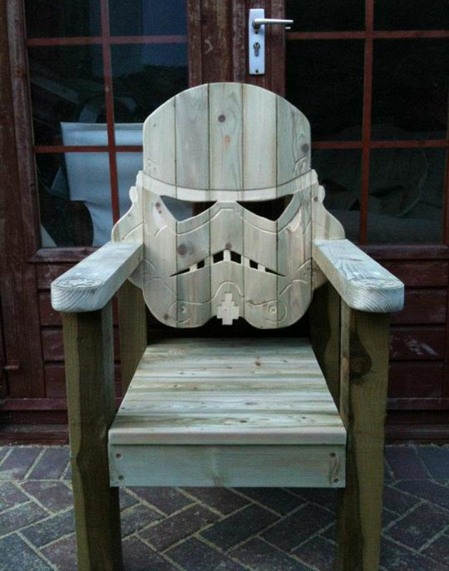 stormtrooper-deck-chair photo_29645_0