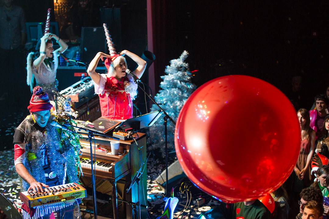 sufjan-holiday-show photo_31080_1