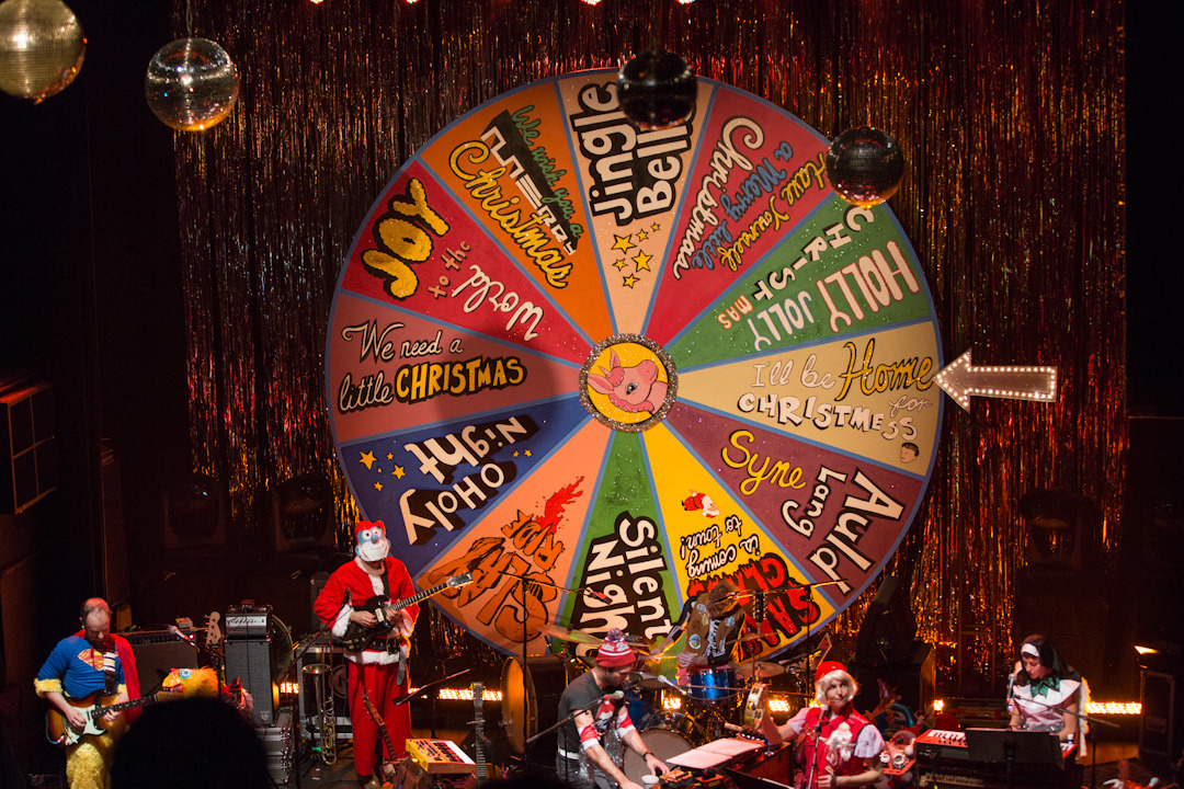sufjan-holiday-show photo_4694_0-6