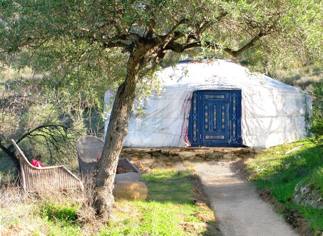 t5ecosouthspain 5-best-eco-accommodations-in-the-south-of-spain---alora-yurt