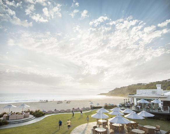 themed-resorts monarch-beach-resort-surfing2
