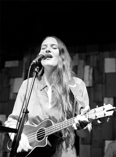 thestaves 007-thestaves
