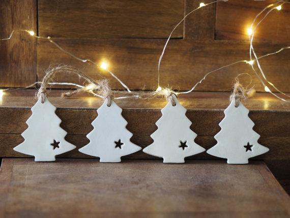 tinseled-gifts 1-minimalist-a