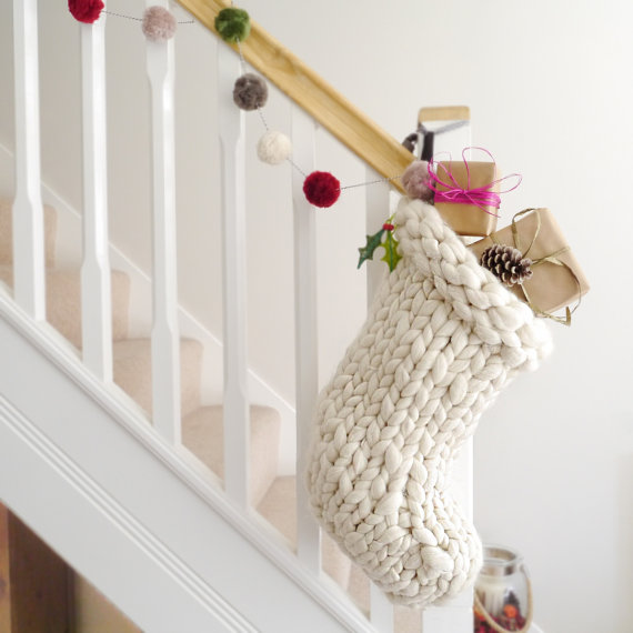 tinseled-gifts 1-minimalist-e