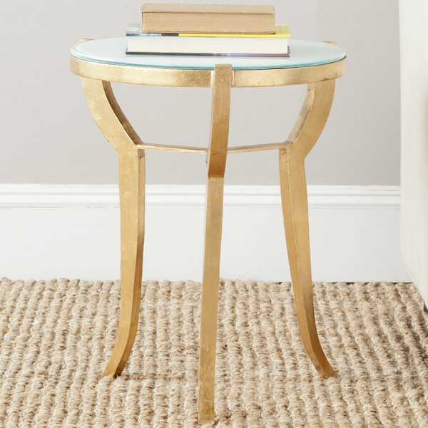 Tiny Accent Tables That Ll Squeeze Into The Smallest