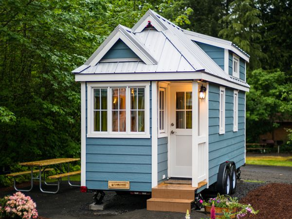 tiny-house-hotels tiny-house-village-mt-hood