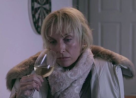 toni-collette 39-collette-glassland