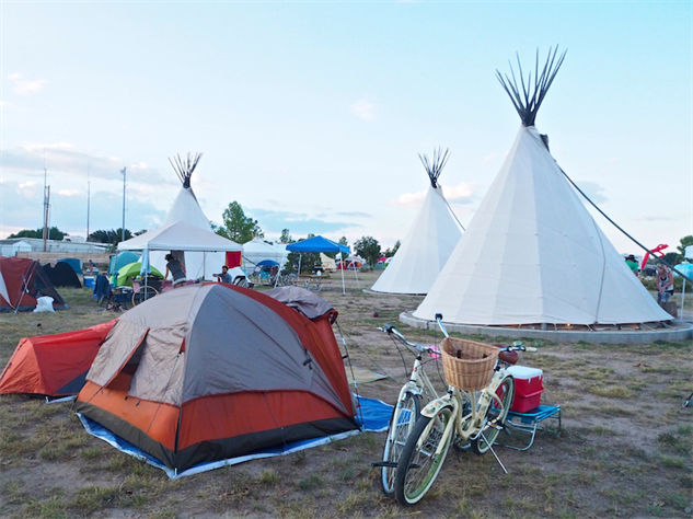 trans-pecos 4-teepees-and-tents