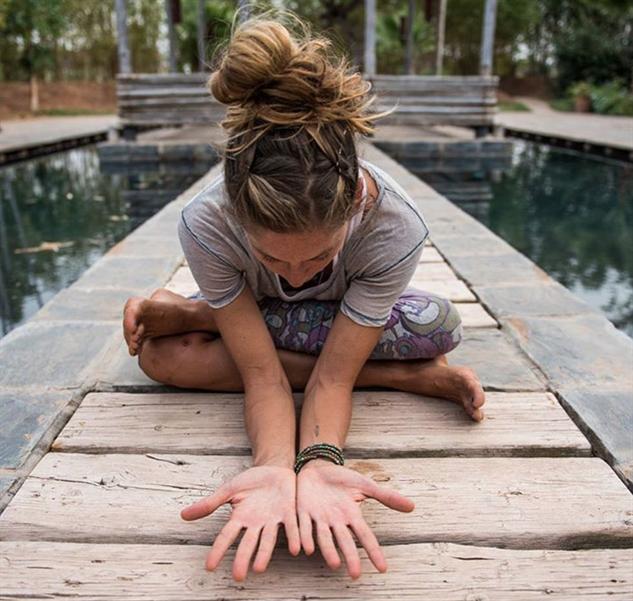 travelinsta2016 yogascapes-allliiibaba