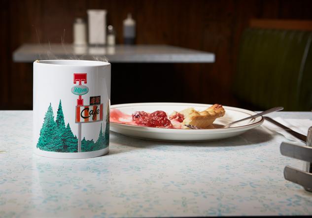 twin-peaks-skateboards- mug