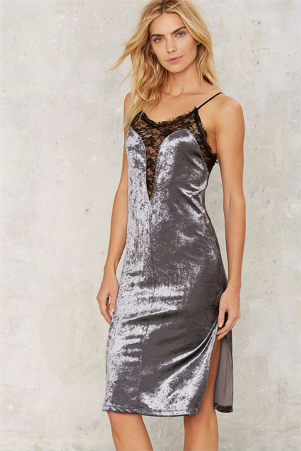 Velvet Dresses For Crushing The Holiday Party Circuit