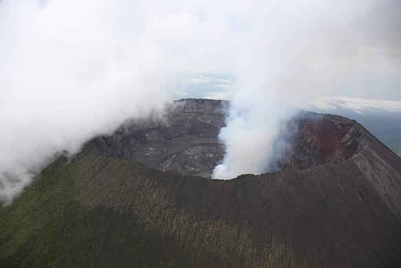 volcanoes mount--nyiragongo-drc