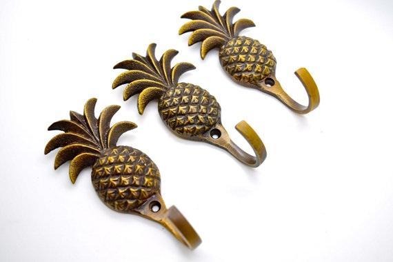 wall-mount-coat-hooks pineapple