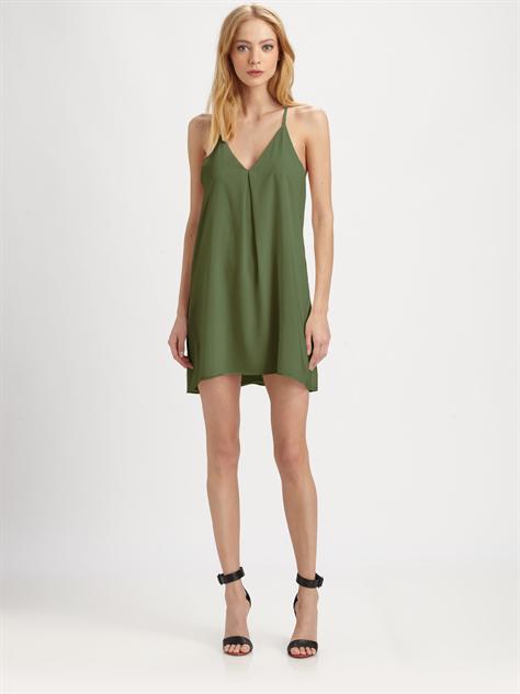 wear-pantone 1-alice-and-olivia