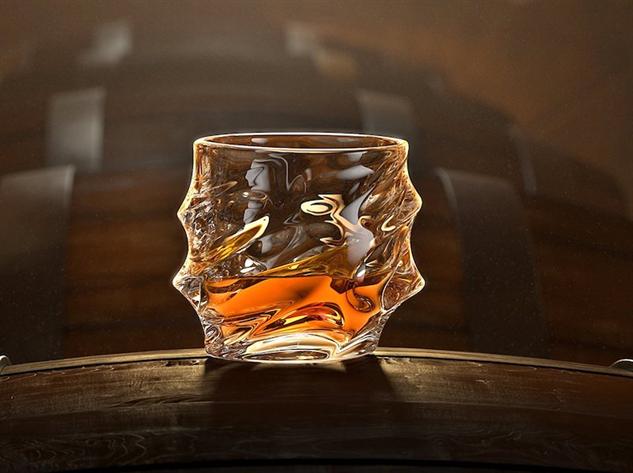 whiskey-glasses everest-glass