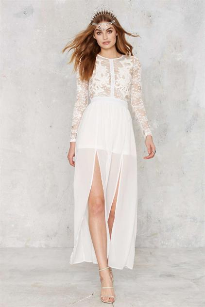 white-wedding-dresses mystique