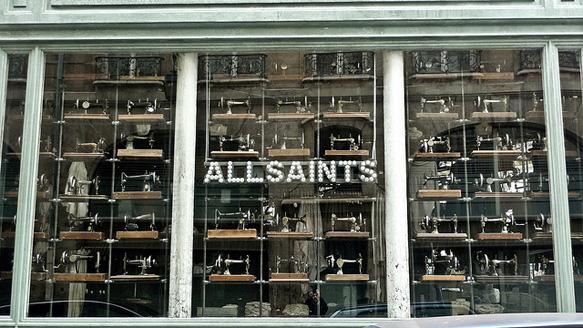 windows allsaints-douglas-lemoine