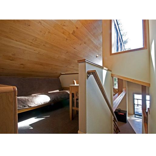 winter-airbnb cabin-6-truckee-ca