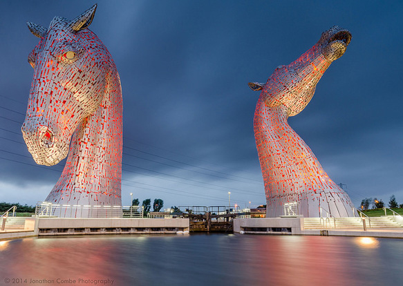 world-statues kelpies-uk-paste-bl