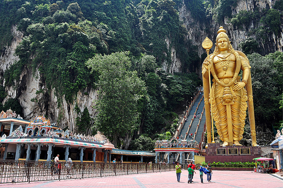 world-statues lord-murugan-batu-caves-malaysia-paste-bl-